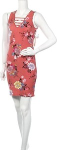 Sukienka Eye Candy z okrągłym dekoltem mini bez rękawów