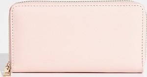 Różowy portfel Sinsay