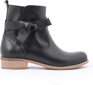 Granatowe botki zapato ze skóry w stylu casual