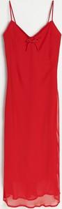 Czerwona sukienka Reserved prosta