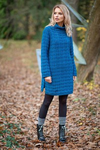 Niebieska sukienka Fobya w stylu casual z krótkim rękawem oversize