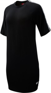Czarna sukienka New Balance oversize z bawełny z okrągłym dekoltem
