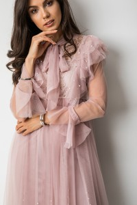 Sukienka Fashion Manufacturer rozkloszowana z żabotem midi