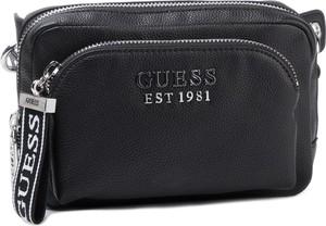Czarna torebka Guess w stylu casual na ramię średnia
