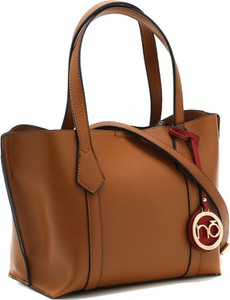 Brązowa torebka NOBO na ramię ze skóry lakierowana