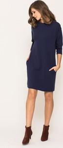 Niebieska sukienka VISSAVI z bawełny z okrągłym dekoltem z długim rękawem
