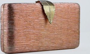 Złota torebka KARKO do ręki matowa mała