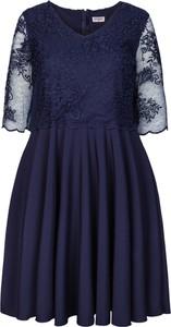 Sukienka KARKO z dzianiny rozkloszowana z dekoltem w kształcie litery v