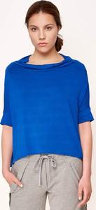 Niebieski t-shirt Byinsomnia z krótkim rękawem