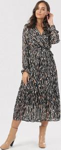 Sukienka born2be midi z długim rękawem z dekoltem w kształcie litery v