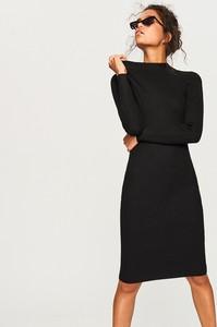 Czarna sukienka Reserved z długim rękawem w street stylu midi