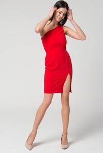 4b87e4073f1c13 Czerwone sukienki, kolekcja lato 2019