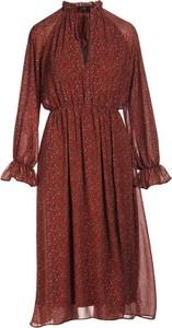 Czerwona sukienka Multu z długim rękawem