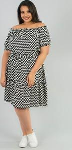 Czarna sukienka KARKO z tkaniny z krótkim rękawem w stylu casual