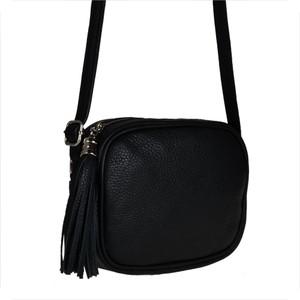 Czarna torebka Borse in Pelle na ramię z frędzlami mała
