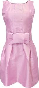 Różowa sukienka Fokus gorsetowa