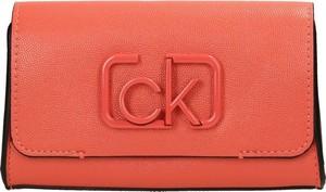 Saszetka Calvin Klein ze skóry ekologicznej