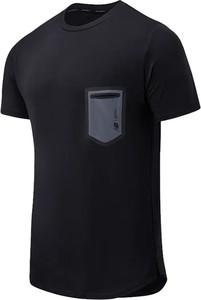 Czarny t-shirt New Balance z krótkim rękawem z tkaniny w sportowym stylu