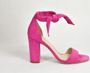 27b42637 amarantowe buty - stylowo i modnie z Allani