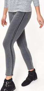 Spodnie Top Secret z jeansu w street stylu