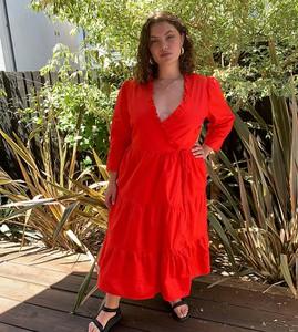 Czerwona sukienka Glamorous Curve maxi z bawełny z długim rękawem