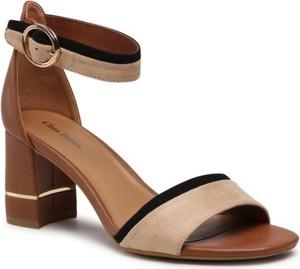 Brązowe sandały Clara Barson