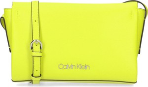 Torebka Calvin Klein na ramię ze skóry ekologicznej