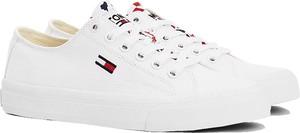 Buty sportowe Tommy Jeans sznurowane z płaską podeszwą