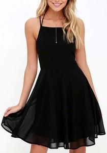 Sukienka Cikelly mini na ramiączkach z dekoltem w kształcie litery v