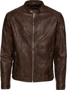 Brązowa kurtka Jack & Jones w rockowym stylu