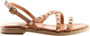 Brązowe sandały Gino Rossi z klamrami w stylu casual