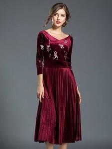 Sukienka Ferraga z długim rękawem maxi