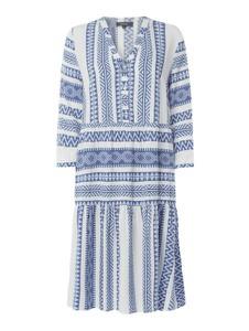 Niebieska sukienka Montego prosta z długim rękawem