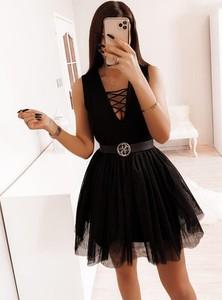Czarna sukienka Pakuten mini
