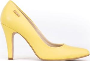 Żółte szpilki Zapato na wysokim obcasie z nadrukiem