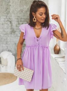 Sukienka SELFIEROOM z krótkim rękawem w stylu casual