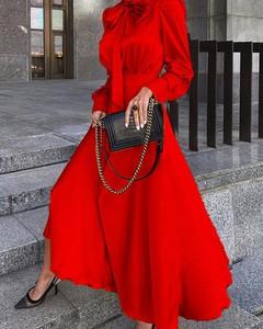 Czerwona sukienka Kendallme maxi oversize w stylu casual