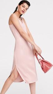 Sukienka Reserved z satyny midi z dekoltem w kształcie litery v