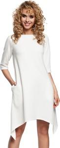 Sukienka Made Of Emotion z długim rękawem z okrągłym dekoltem w stylu casual