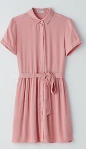 Różowa sukienka Cropp koszulowa