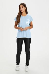 Niebieski t-shirt Kaffe z bawełny z krótkim rękawem