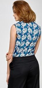 Niebieska bluzka Colett z dekoltem w kształcie litery v