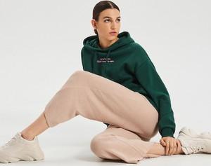 Różowe spodnie Cropp w stylu retro