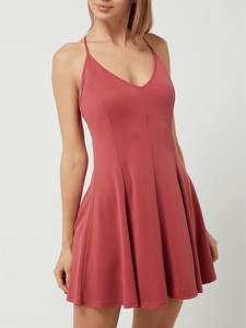 Sukienka Review mini na ramiączkach z dekoltem w kształcie litery v