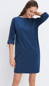 Niebieska sukienka Mohito z okrągłym dekoltem mini