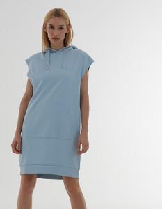 Sukienka House prosta w stylu casual z krótkim rękawem