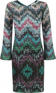 Sukienka POTIS & VERSO midi z tkaniny z dekoltem w kształcie litery v
