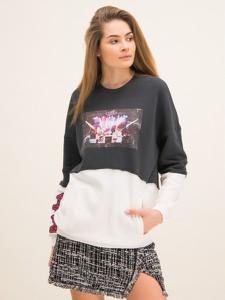 Bluza Pinko w młodzieżowym stylu
