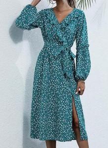 Sukienka Cikelly z dekoltem w kształcie litery v z długim rękawem w stylu boho
