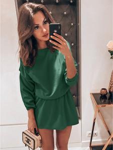 Sukienka magmac.pl z okrągłym dekoltem mini rozkloszowana
